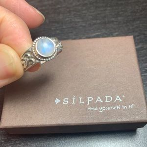 R2933 retired Silpada celestial moonstone ring